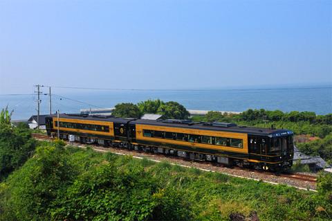 観光列車「A列車で行こう」と天草贅沢海の幸ランチ