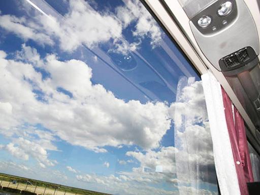 UVカット仕様の窓採用!